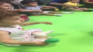 بازی درمانی کودک کلیپ 7