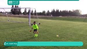 آموزش دروازه بانی فوتبال به کودکان 10 ساله