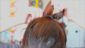 سایت دالفک - آموزش ساده ی بستن مو به شکل پاپیون