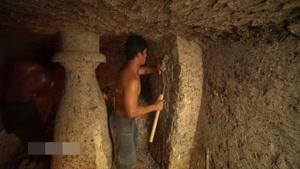 ساختن سرسره آبی خفن زیر زمین