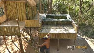ساختن خونه جنگلی و استخر ساده و شیک