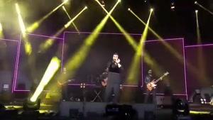 اجرای زنده آهنگ ماه پیشونی هوروش بند