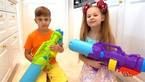 ماجراهای دیانا و روما این داستان تفنگ آب پاش