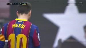 خلاصه بازی بارسلونا و کادیز