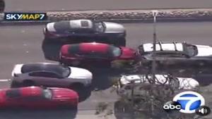 یک زن با رانندگی خود کالیفرنیا را به هم ریخت
