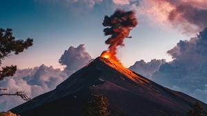 مستند آتشفشان ۱۰۱